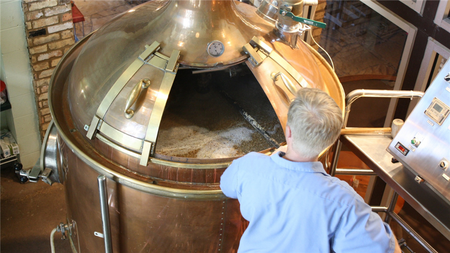 Image of brewing beer