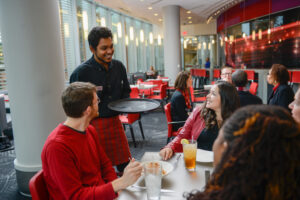 Faculty, students and staff enjoy lunch at the 1887 bistro at the Talley Student Union. Photo by Marc